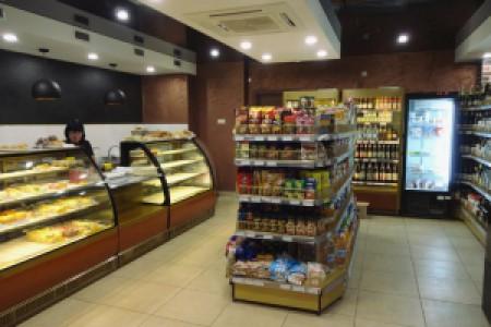 Обновленный магазин-кафе