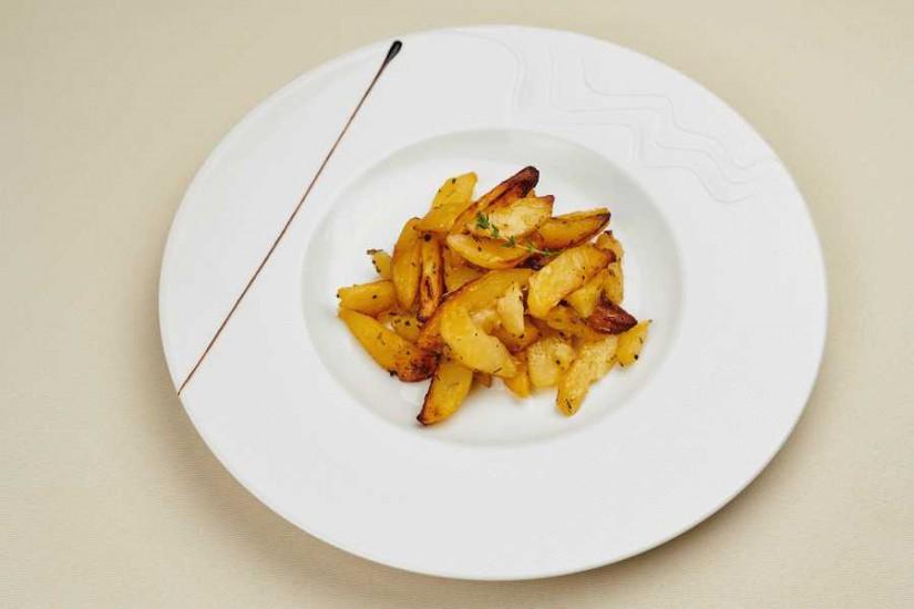 Картофель запеченый с паприкой 150 г